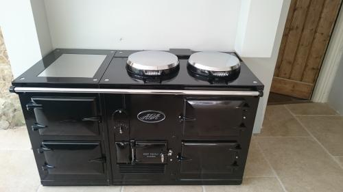 4 Oven Aga Standard fully reconditioned Re-Enamelled in Black.