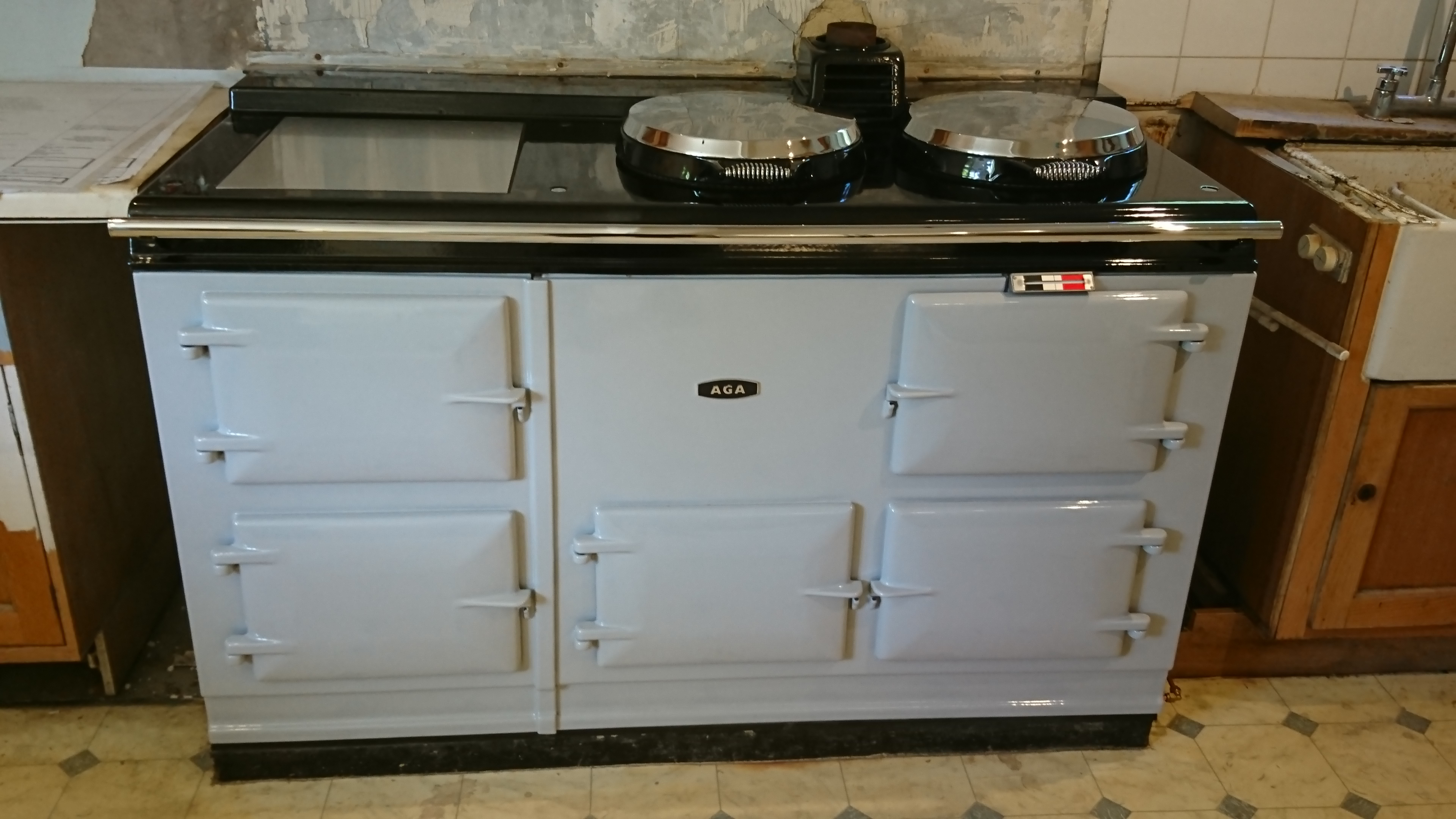 Customers own 4 Oven Aga.