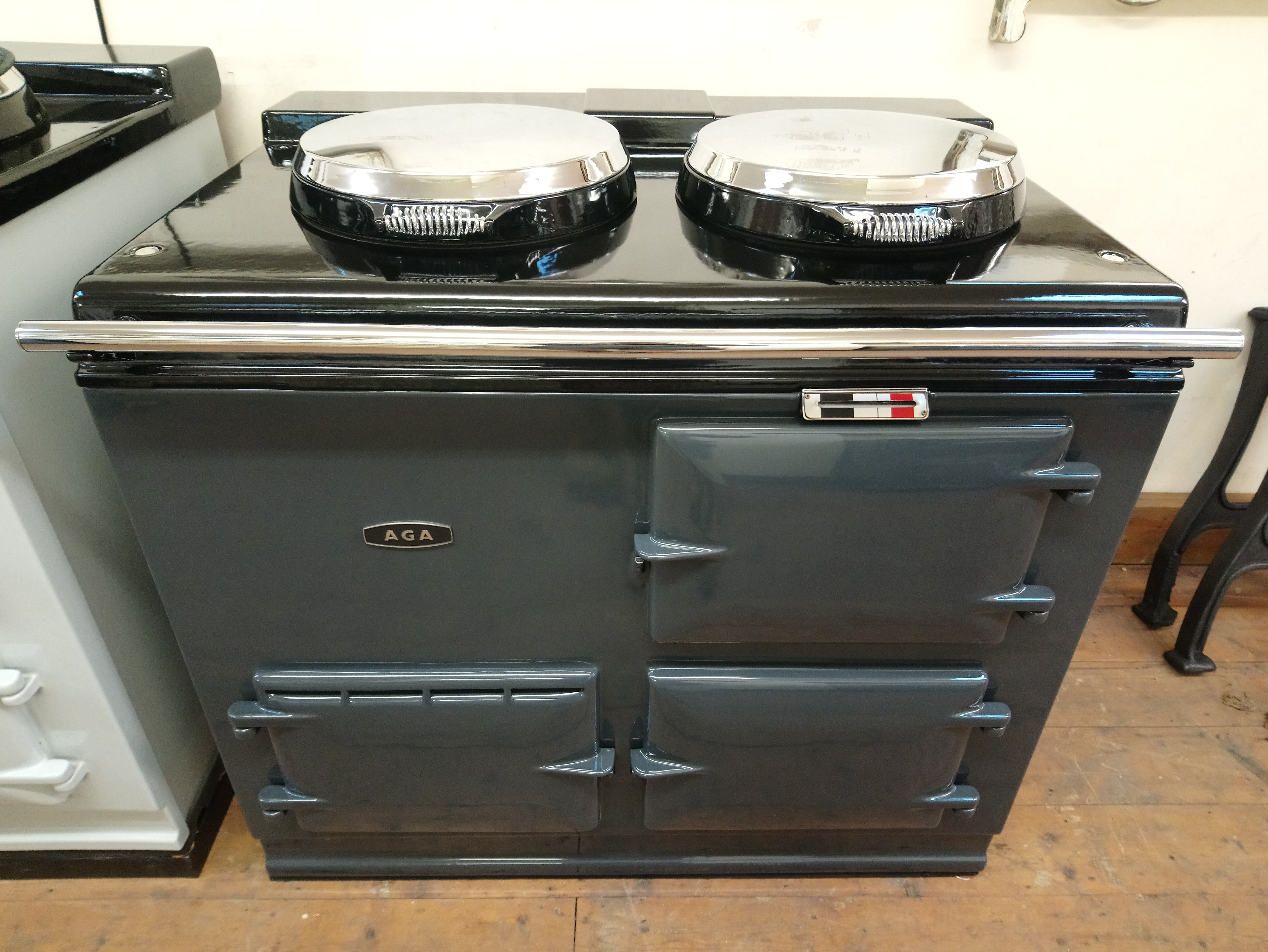 2 Oven Pre 74 Aga Cooker<br>Fully reconditioned Re-Enamelled in Graphite Grey<br><br>Electric<br><br>Installed in a 50 mile radius with 2 years guarantee<br><br>Charge for over 50 miles <br>