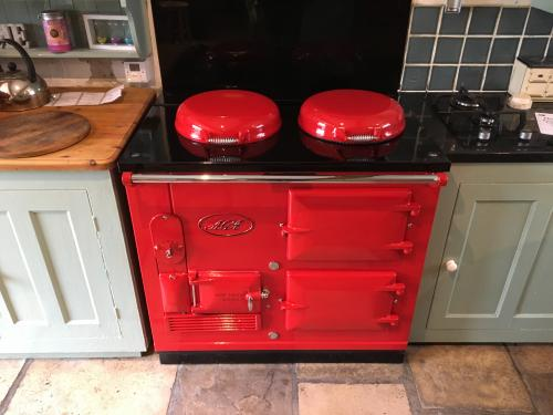 2 Oven Aga Standard Re-Enamelled in Pillar Box Red